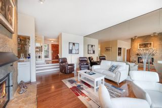 Photo 4: 4 2353 Harbour Rd in : Si Sidney North-East Row/Townhouse for sale (Sidney)  : MLS®# 867635