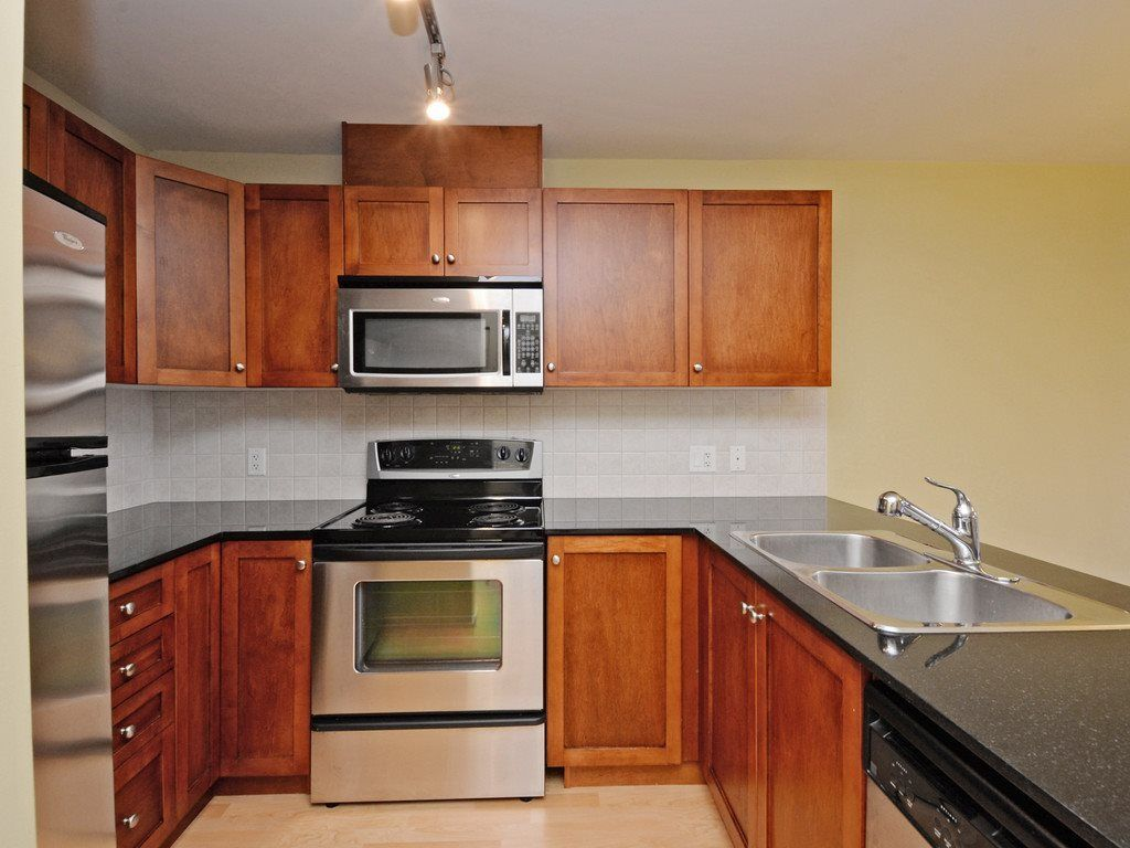 Photo 10: Photos: 213 315 KNOX Street in New Westminster: Sapperton Condo for sale : MLS®# R2232831