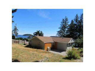 Photo 3: 5412 LAWSON Road in Sechelt: Sechelt District House for sale (Sunshine Coast)  : MLS®# R2072929