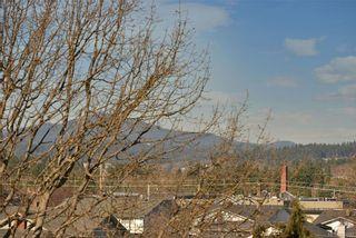 Photo 5: 305 848 Esquimalt Rd in Esquimalt: Es Old Esquimalt Condo for sale : MLS®# 834042