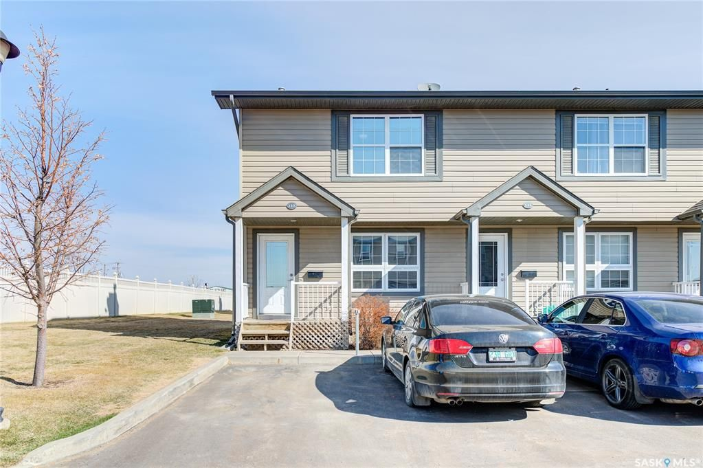 Main Photo: 115 700 2nd Avenue South in Martensville: Residential for sale : MLS®# SK851662
