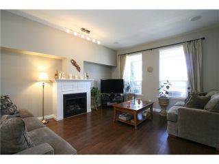 """Photo 3: 7035 180TH Street in Surrey: Cloverdale BC Townhouse for sale in """"Terraces at Provinceton"""" (Cloverdale)  : MLS®# F1321637"""