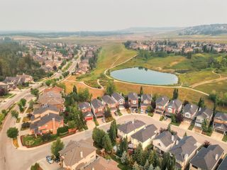 Photo 6: 271 Discovery Ridge Boulevard SW in Calgary: Discovery Ridge Detached for sale : MLS®# A1136188