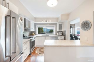 Main Photo: 1010 CHAMBERLAIN Drive in North Vancouver: Lynn Valley House for sale : MLS®# R2554208