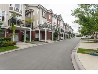 Photo 2: 41 8068 207 Street in Langley: Willoughby Heights Townhouse for sale : MLS®# R2378119