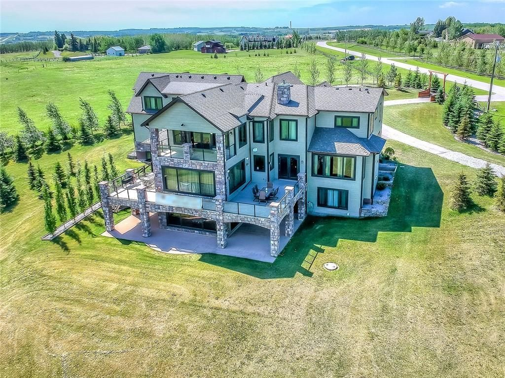 Main Photo: 258210 10 Street E: Rural Foothills County Detached for sale : MLS®# C4273698