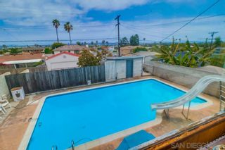 Photo 7: PACIFIC BEACH House for sale : 3 bedrooms : 1643 Beryl in San Diego