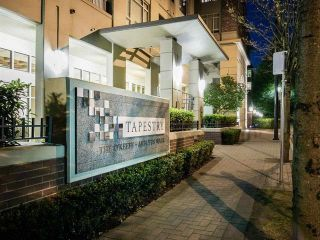 """Photo 32: 805 2799 YEW Street in Vancouver: Kitsilano Condo for sale in """"TAPESTRY AT ARBUTUS WALK"""" (Vancouver West)  : MLS®# R2481929"""