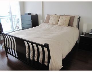 """Photo 2: # 25E 6128 PATTERSON AV in Burnaby: Metrotown Condo for sale in """"GRAND CENTRAL PARK PLACE"""" (Burnaby South)  : MLS®# V797619"""