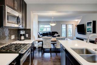 Photo 9: 35 ASPEN HILLS Green SW in Calgary: Aspen Woods Row/Townhouse for sale : MLS®# A1033284