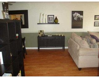 """Photo 4: 101 11771 KING Road in Richmond: Ironwood Townhouse for sale in """"KINGSWOOD DOWNES"""" : MLS®# V702660"""