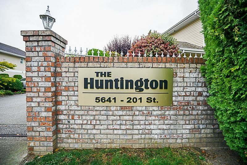 """Main Photo: 108 5641 201 Street in Langley: Langley City Townhouse for sale in """"Huntington"""" : MLS®# R2210746"""