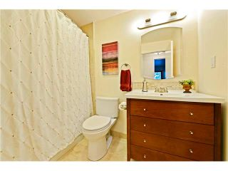 Photo 14: 2307 LANCING Avenue SW in Calgary: North Glenmore House for sale : MLS®# C4039562