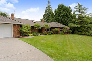 """Photo 2: 21387 40 Avenue in Langley: Brookswood Langley House for sale in """"Brookswood"""" : MLS®# R2458084"""