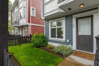 """Photo 2: 26 20852 77A Avenue in Langley: Willoughby Heights Townhouse for sale in """"ARCADIA"""" : MLS®# R2464910"""