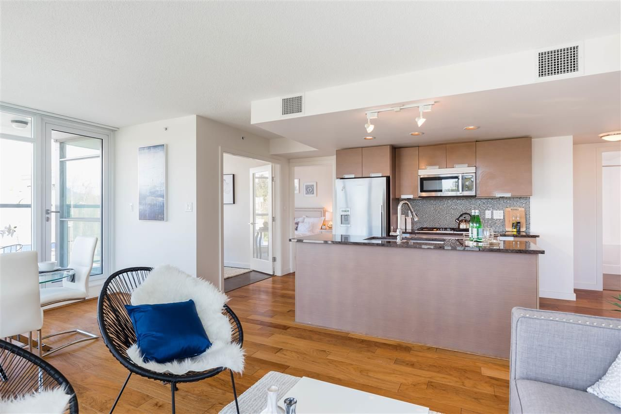Photo 4: Photos: 365 2080 W BROADWAY in Vancouver: Kitsilano Condo for sale (Vancouver West)  : MLS®# R2380022