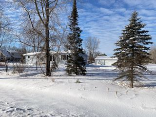 Photo 2: 56 Aspen Drive in Alexander RM: Sunset Bay Residential for sale (R28)  : MLS®# 202101669