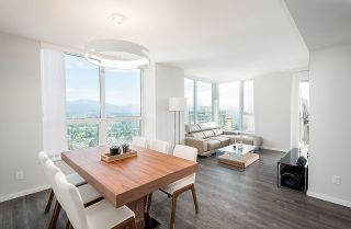 """Photo 3: 3101 5883 BARKER Avenue in Burnaby: Metrotown Condo for sale in """"ALDYNNE ON THE PARK"""" (Burnaby South)  : MLS®# R2372659"""