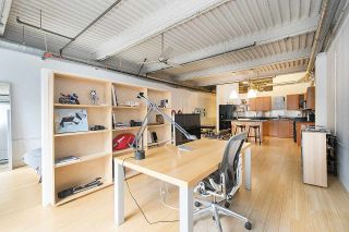 """Photo 18: 210 237 E 4TH Avenue in Vancouver: Mount Pleasant VE Condo for sale in """"ARTWORKS"""" (Vancouver East)  : MLS®# R2239279"""