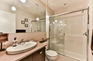 Photo 11: 306 13780 76 Avenue in Surrey: East Newton Condo for sale : MLS®# R2488435