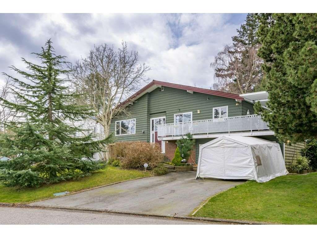Main Photo: 4940 CEDAR Crescent in Delta: Pebble Hill House for sale (Tsawwassen)  : MLS®# R2553875