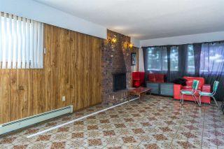 Photo 3: 15687 80 Avenue in Surrey: Fleetwood Tynehead House for sale : MLS®# R2333963