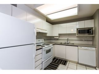 """Photo 8: 212 2357 WHYTE Avenue in Port Coquitlam: Central Pt Coquitlam Condo for sale in """"RIVERSIDE PLACE"""" : MLS®# R2043083"""
