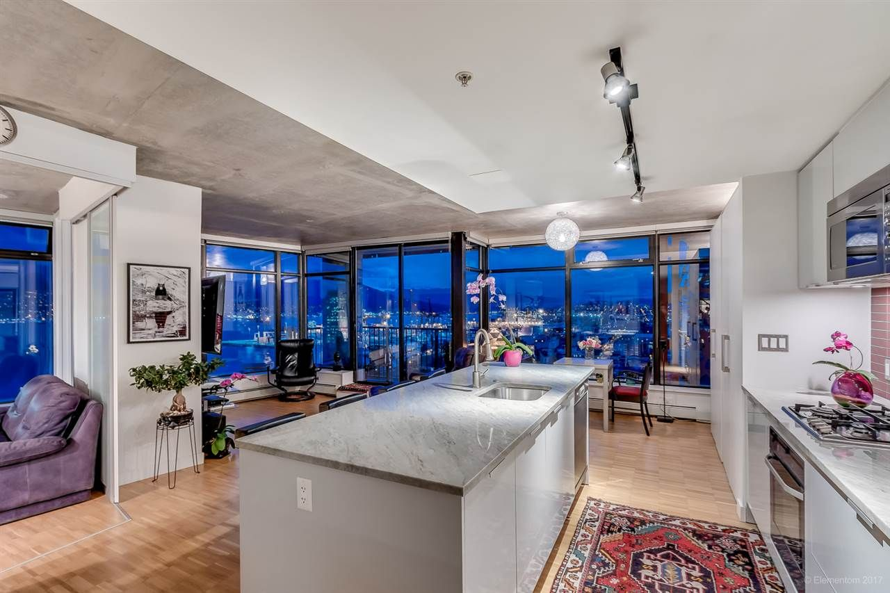 """Photo 7: Photos: 2503 128 W CORDOVA Street in Vancouver: Downtown VW Condo for sale in """"WOODWARDS W43"""" (Vancouver West)  : MLS®# R2199379"""
