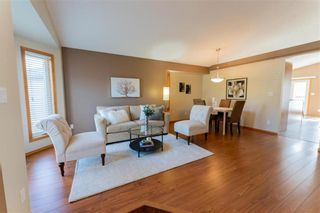 Photo 4: 70 Henry Dormer Drive in Winnipeg: Island Lakes Residential for sale (2J)  : MLS®# 202023677