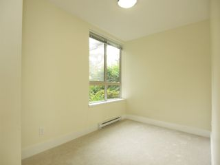 Photo 9: 102 7418 BYRNEPARK WALK in Burnaby: South Slope Condo for sale (Burnaby South)  : MLS®# R2072902