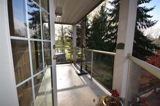 Photo 14: 309 15340 19A Avenue in Surrey: King George Corridor Condo for sale (South Surrey White Rock)  : MLS®# R2419437