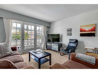 """Photo 3: 206 120 W 17TH Street in North Vancouver: Central Lonsdale Condo for sale in """"THE OLD COLONY"""" : MLS®# V1066487"""