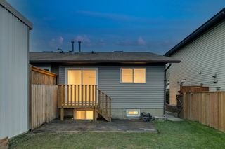 Photo 2: 257 Bedford Circle NE in Calgary: Beddington Heights Semi Detached for sale : MLS®# A1112060