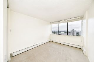 """Photo 13: 1904 4300 MAYBERRY Street in Burnaby: Metrotown Condo for sale in """"Times Square"""" (Burnaby South)  : MLS®# R2526993"""