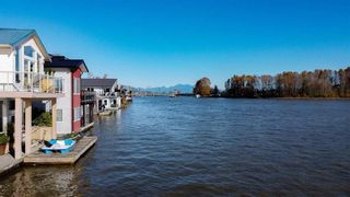 """Photo 35: 1 800 SOUTH DYKE Road in New Westminster: Queensborough House for sale in """"Queensborough Marina"""" : MLS®# R2548322"""