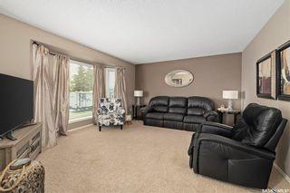 Photo 2: 104 Willard Drive in Vanscoy: Residential for sale : MLS®# SK857231