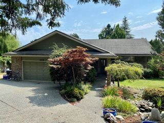 Photo 1: 1827 Barrett Dr in : NS Dean Park House for sale (North Saanich)  : MLS®# 850734