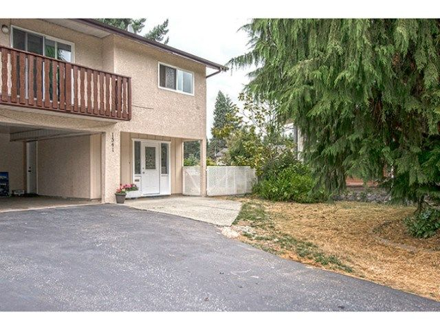 Main Photo: 1541 CHADWICK Avenue in Port Coquitlam: Glenwood PQ 1/2 Duplex for sale : MLS®# V1135986