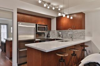 Photo 5: 21 Earl St Unit #119 in Toronto: North St. James Town Condo for sale (Toronto C08)  : MLS®# C3695047