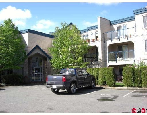 """Main Photo: 110 45504 MCINTOSH Drive in Chilliwack: Chilliwack W Young-Well Condo for sale in """"VISTA VIEW"""" : MLS®# H2802673"""