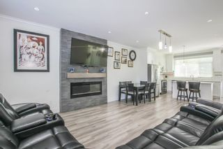 Photo 2: 16 6055 138 Street in Surrey: Sullivan Station Townhouse for sale : MLS®# R2456765