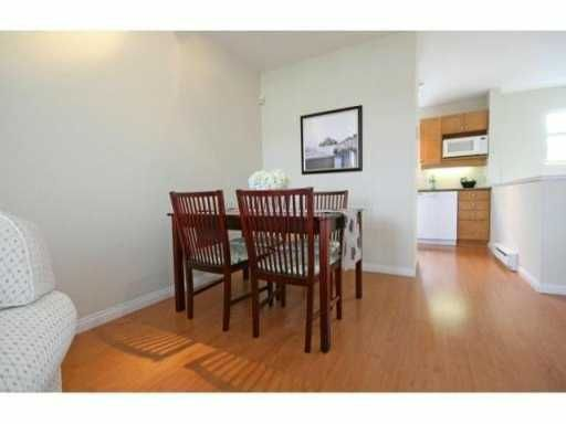 """Photo 6: Photos: 30 2375 W BROADWAY in Vancouver: Kitsilano Townhouse for sale in """"TALIESIN"""" (Vancouver West)  : MLS®# V834617"""