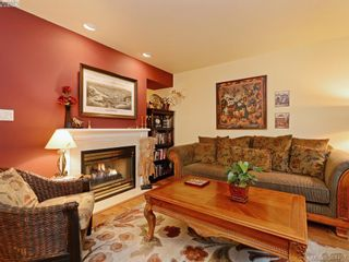 Photo 3: 6 356 Simcoe St in VICTORIA: Vi James Bay Row/Townhouse for sale (Victoria)  : MLS®# 772774