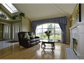 """Photo 4: 2187 148A Street in Surrey: Sunnyside Park Surrey House for sale in """"MERIDIAN BY THE SEA"""" (South Surrey White Rock)  : MLS®# F1435655"""