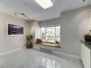 Photo 7: 132 6588 SOUTHOAKS Crescent in Burnaby: Highgate Townhouse for sale (Burnaby South)  : MLS®# R2600972