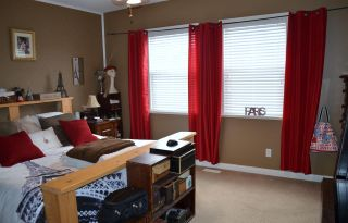 """Photo 11: 36527 LESTER PEARSON Way in Abbotsford: Abbotsford East House for sale in """"Auguston"""" : MLS®# R2075986"""
