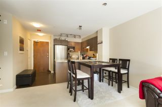 """Photo 9: 302 3105 LINCOLN Avenue in Coquitlam: New Horizons Condo for sale in """"WINDSOR GATE BY POLYGON"""" : MLS®# R2154112"""