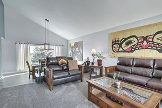 Photo 7: 19 Signal Hill Mews SW in Calgary: Signal Hill Detached for sale : MLS®# A1072683