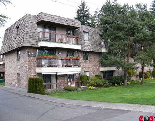 "Main Photo: 115 32175 OLD YALE RD in Abbotsford: Abbotsford West Condo for sale in ""FIR VILLA"" : MLS®# F2607418"