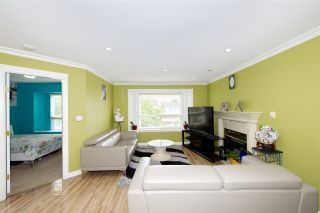 Photo 4: 7480 MAIN Street in Vancouver: South Vancouver House for sale (Vancouver East)  : MLS®# R2393431